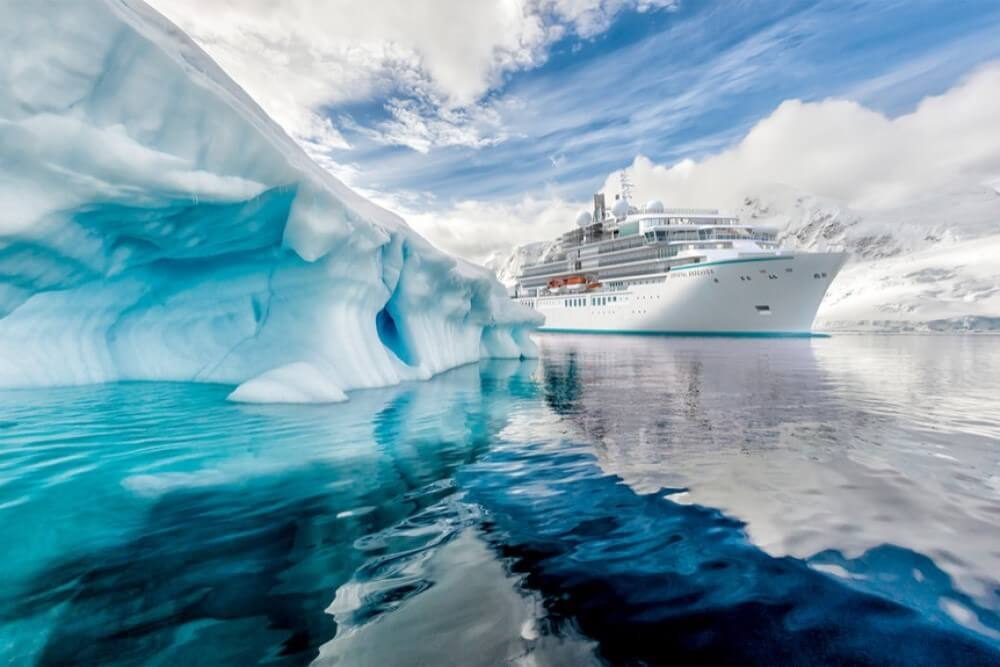 Crystal Cruises Deluxetargets 3