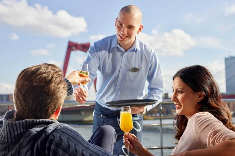 Crystal River Cruises Deluxetargets 6